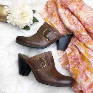 BOC Born Brown Leather Clogs Sz 8